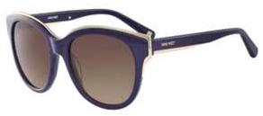 NW606S   Destaque na campanha publicitária, estes modelos arredondados e  oversized possuem detalhes metálicos que dão charme aos óculos, fazendo com  que a ... 8305117fe1