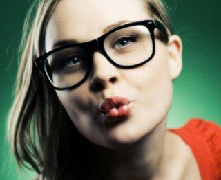 6ec3e3a70 Os óculos refletem a personalidade de uma pessoa