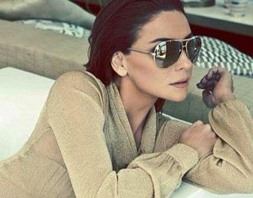 1cfd89f9e3938 Giovanna Antonelli esbanja glamour em campanha de óculos