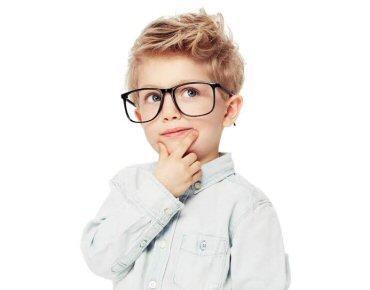 64096693e Óticas Carol lança projeto social Pequenos Olhares