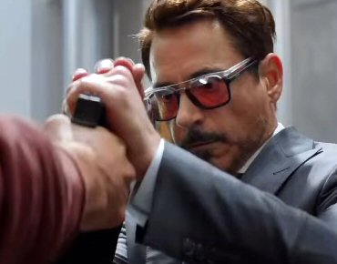 Police Celebrity Placement - Robert Downey Jr. 24bb0195ee