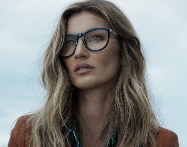 Gisele Bündchen veste óculos de grau no inverno Colcci Eyewear 5427cbaabe