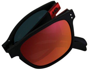 Modelo dobrável Gipps é destaque na nova coleção de óculos da HB - Hot  Buttered d8291d9aec