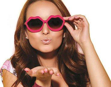 Larissa Manoela lança linha de óculos em SP 9f4258683d