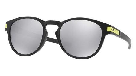 Oakley lança série especial Valentino Rossi 7bbe51ccaa