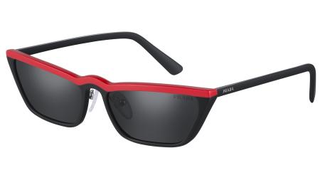 e8a11e18309f5 Conheça a Ultravox, nova e ultramoderna coleção de óculos Prada A Prada  está lançando no Brasil sua nova linha de óculos de sol, chamada Ultravox.  São