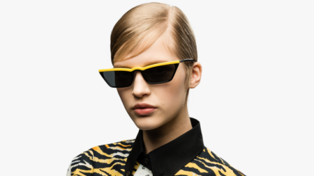 Óptica no Mundo · Mini óculos são protagonistas ... 09545c9ee9
