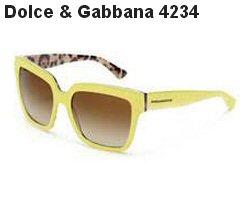 Descrição  Este sofisticado óculos de sol, produzido em acetato e formato  quadrado, possui detalhes dourados nas hastes e lentes espelhadas. f9cbb92e9c